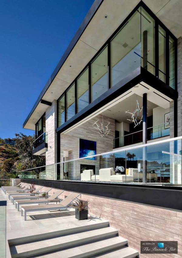 Голливудский размах: роскошный особняк в Лос-Анджелесе за 15 миллионов долларов (ФОТО)