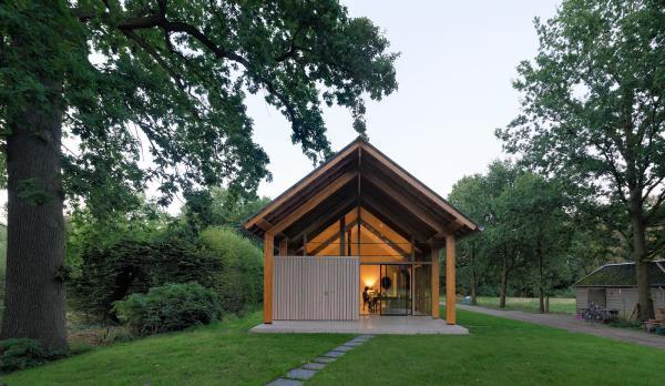 Поближе к природе: как выглядит современное жилье среди живописных лесов (ФОТО)
