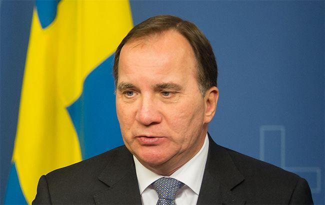 Украина должна научиться сдерживать влияние олигархов, - премьер Швеции