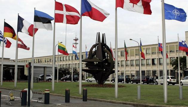 """В НАТО после """"Норманди"""" призывают Россию вывести войска из Донбасса"""