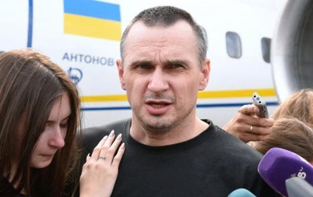 Сенцов об обмене: То, за что боролись украинцы, идет прахом