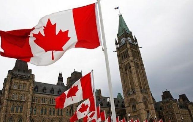 Канада осудила запуск российских поездов через крымский мост