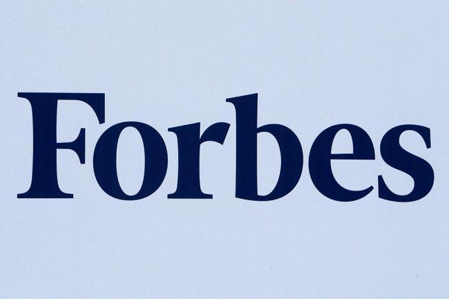 Forbes назвал самых высокооплачиваемых писателей 2019 года