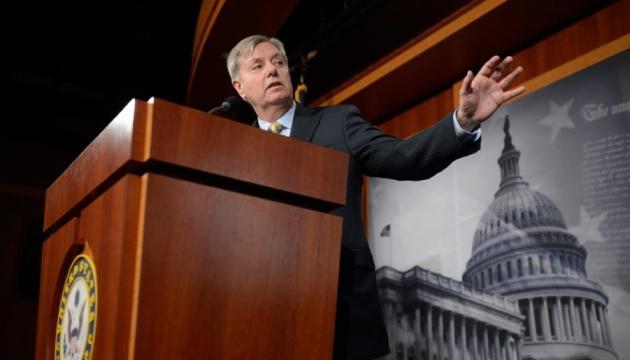 В Сенате США хотят ускорить рассмотрение импичмента Трампа