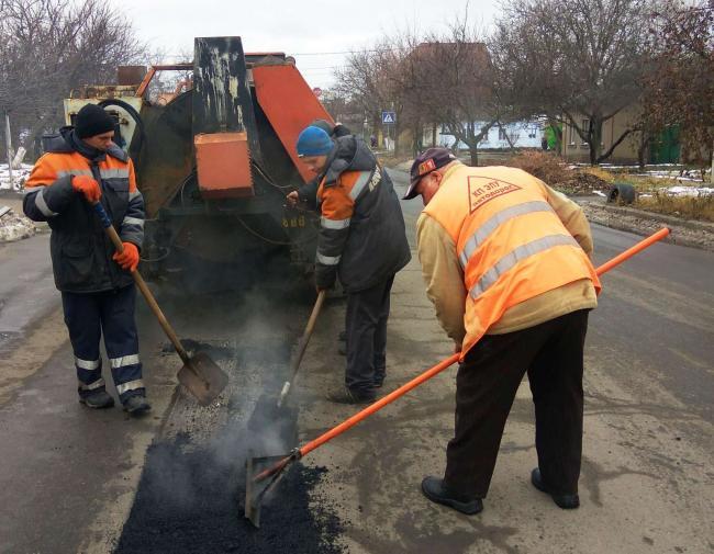 На ремонт дорог в Украине выделят еще 20 млрд грн, – советник премьера