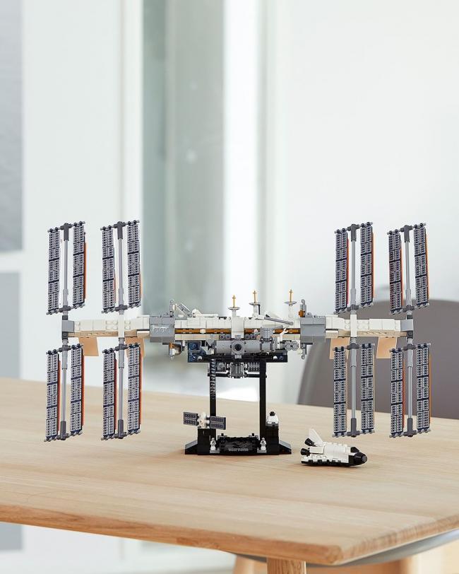 LEGO представил набор конструктора для сборки МКС