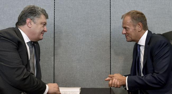 Порошенко встретился с Туском. Говорили о санкциях против России