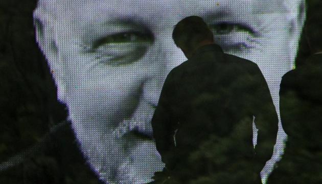 Офис генпрокурора продлил следствие по делу Шеремета