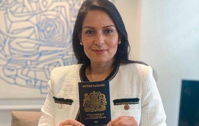 Британия введет новые паспорта после Brexit