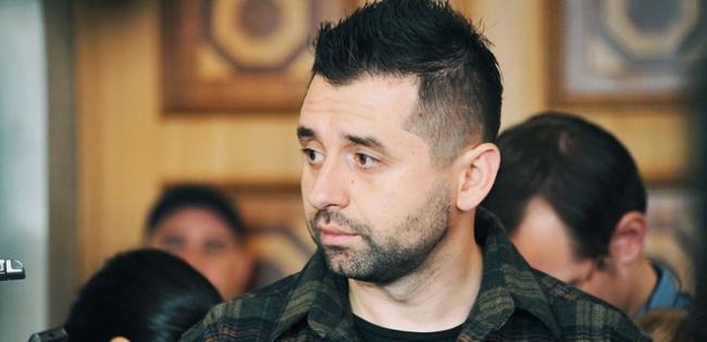 """В """"Слуге народа"""" назвали условие для проведения выборов на Донбассе"""