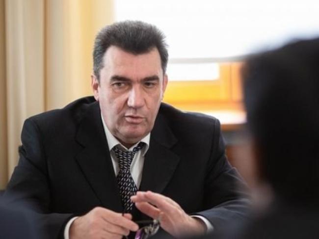 Данилов: Украина хочет прекратить войну на Донбассе без потери территорий