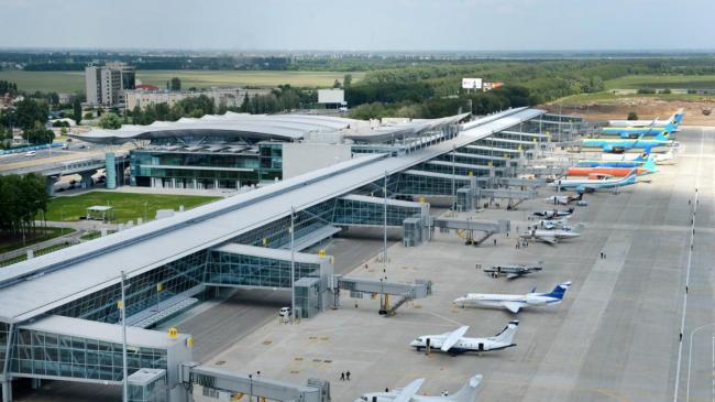 """Минус 500 тысяч: """"Борисполь"""" в этом году ожидает сокращение пассажиропотока"""