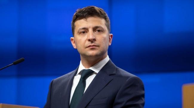 В Украине значительно вырос уровень недоверия к Зеленскому