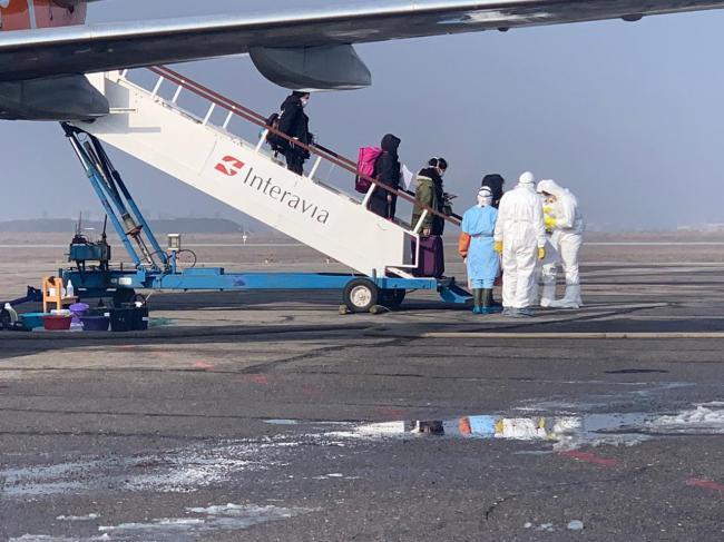 Эвакуация украинцев из Италии из-за коронавируса пока не планируется, – МИД