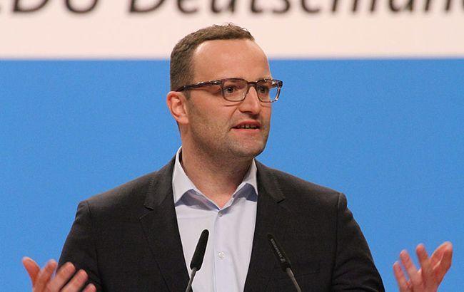 Минздрав Германии призвал отменить все масштабные мероприятия из-за коронавируса