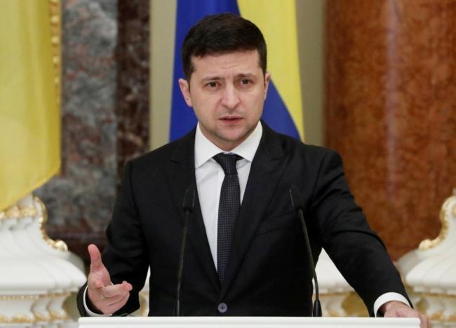 Зеленский созвал срочное заседание при участии Кабмина по карантинным мерам