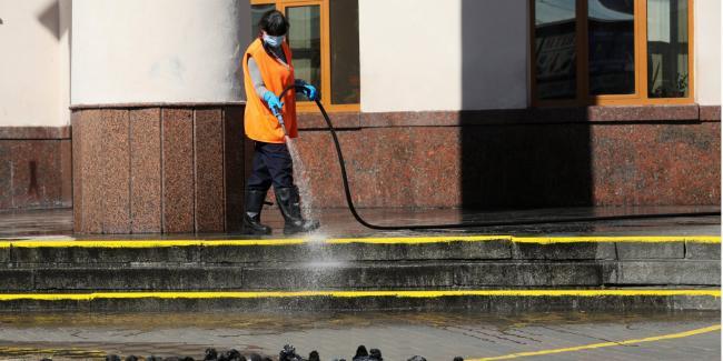Пандемия COVID-19: в Киеве будут дезинфицировать жилые дома — КГГА