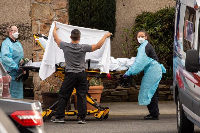 США вышли на третье место по количеству инфицированных коронавирусом