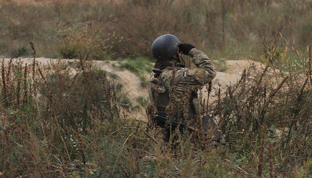В результате обстрела в Луганской области погиб украинский боец