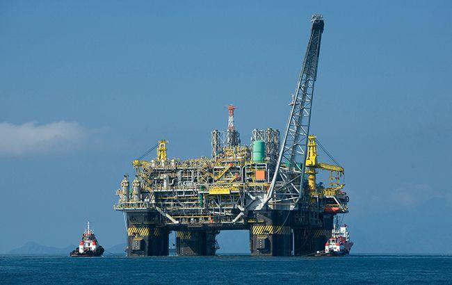 Цены на нефть Brent упали ниже 19 долларов впервые с февраля 2002