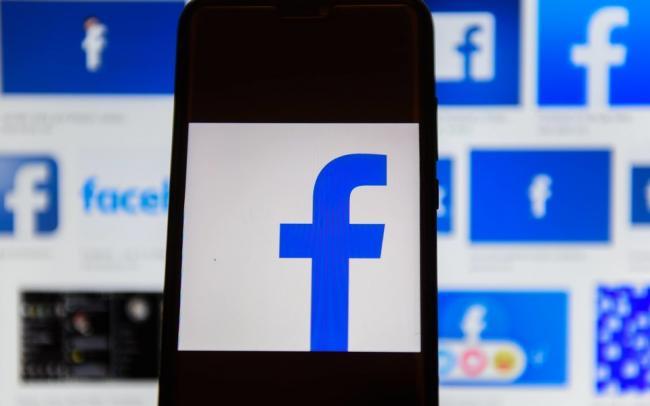 Facebook запустит сервис для групповых видеозвонков до 50 человек. Функция также появится в Instagram и WhatsApp
