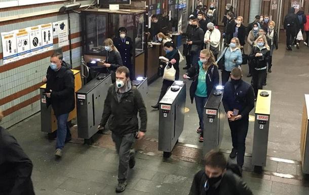В Киеве в час пик будут ограничивать вход в метро