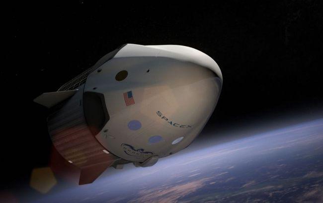 SpaceX отменила отправку астронавтов на орбиту Земли