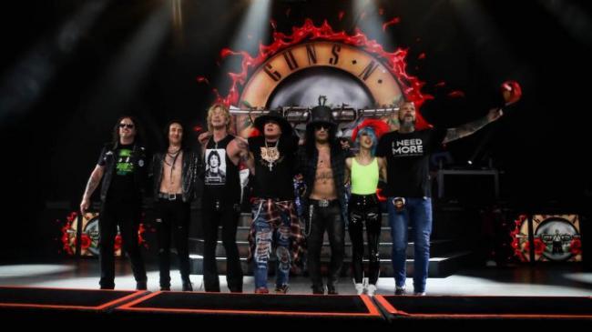 Guns N'Roses работают над альбомом в ускоренном темпе