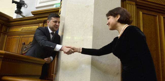 Зеленский руками Венедиктовой возвращает уволенных прокуроров, - экс-глава ГПУ