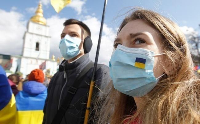 Ситуация с коронавирусом в Украине позволяет рассматривать дальнейшее смягчение карантина, - Зеленский