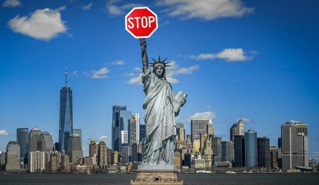 США пока не будут отменять запрет на въезд иностранцев из-за коронавируса