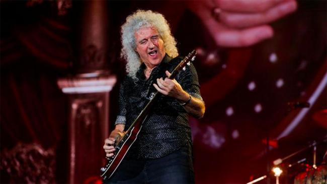 Гитарист легендарной рок-группы Queen перенес сердечный приступ