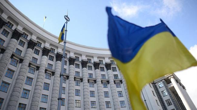 Кабмин Украины готовит новые программы выхода из экономического кризиса после эпидемии