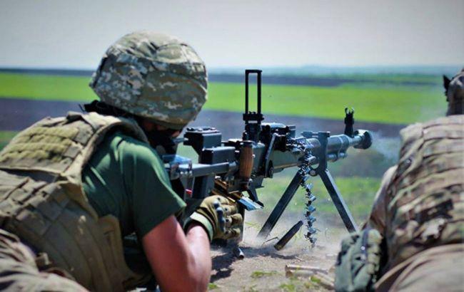 На Донбассе боевики стреляли из БМП, в ВСУ потерь нет