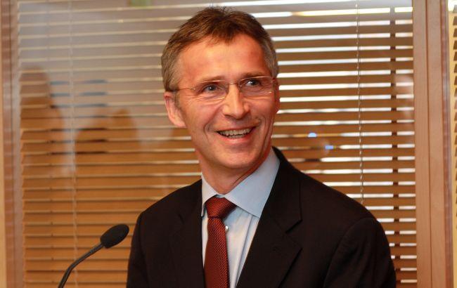 Столтенберг: Украина благодаря новому статусу будет больше участвовать в учениях НАТО