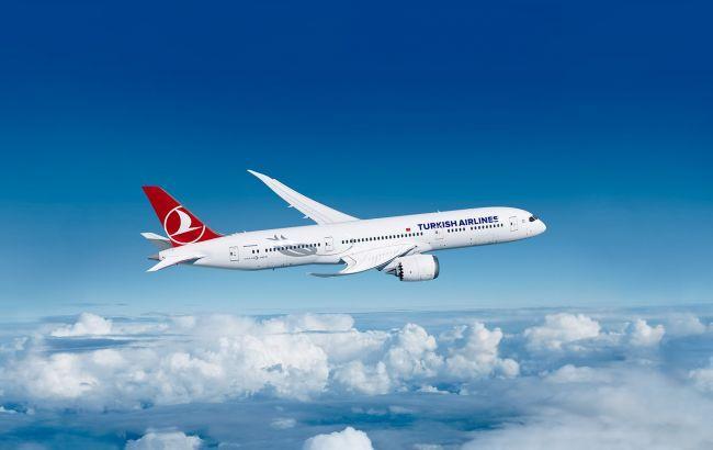 Крупнейшая турецкая авиакомпания возобновляет полеты в Украину