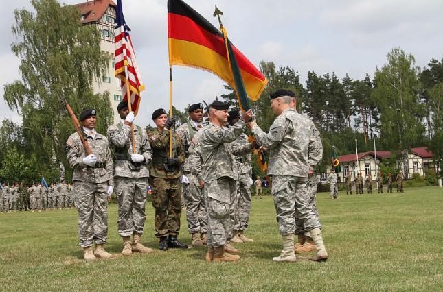 Американские войска перебросят из Германии в Восточную Европу как однозначное предупреждение Путину