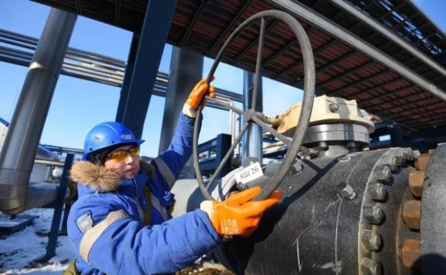 Газпром начал демонтаж труб, по которым газ поставляется в Украину