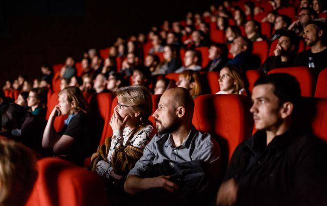 В Украине заработали кинотеатры