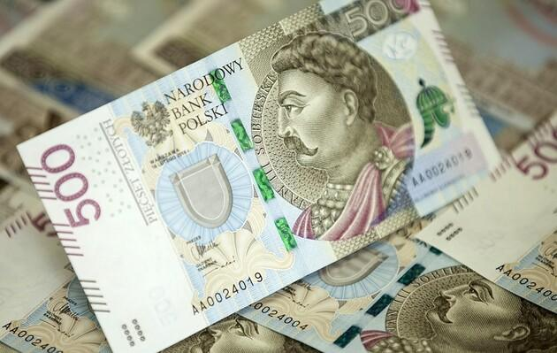 Расходы украинцев в Польше уменьшились на 100 млн евро