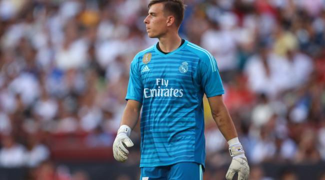 СМИ: Украинец Лунин проведёт следующий сезон в «Реале»