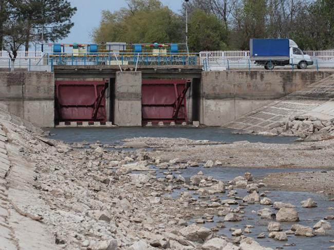 У Зеленского не рассматривают вопрос подачи воды в Крым
