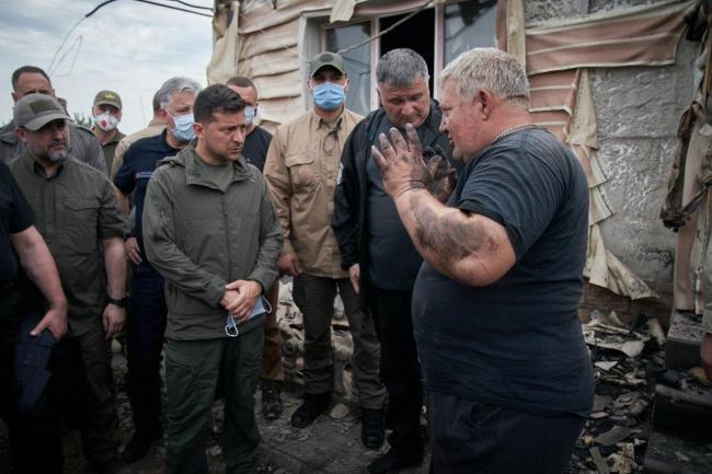 Зеленский: семьям, потерявшим дом в результате пожара на Луганщине, выплатят по 300 тыс. грн