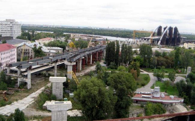 Кличко рассказал о ситуации с Русановскими садами и мостом на Троещину