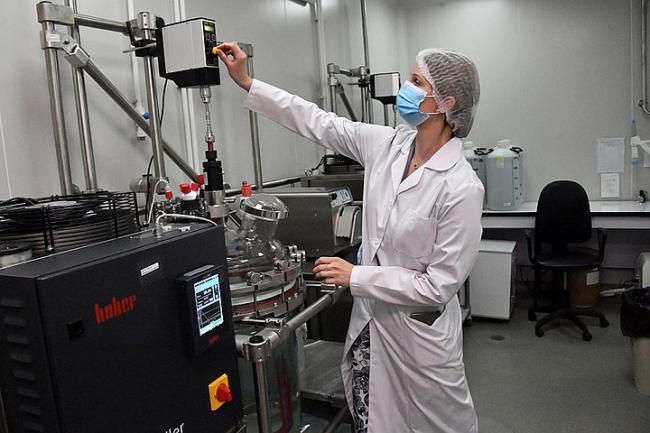 Ученые заявили о разработке коктейля из антител, который может заменить вакцину от COVID-19