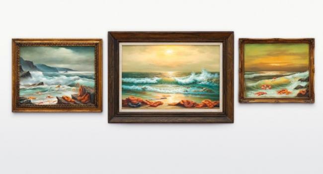 Бэнкси продал три картины на тему кризиса с мигрантами за 2,9 млн долларов