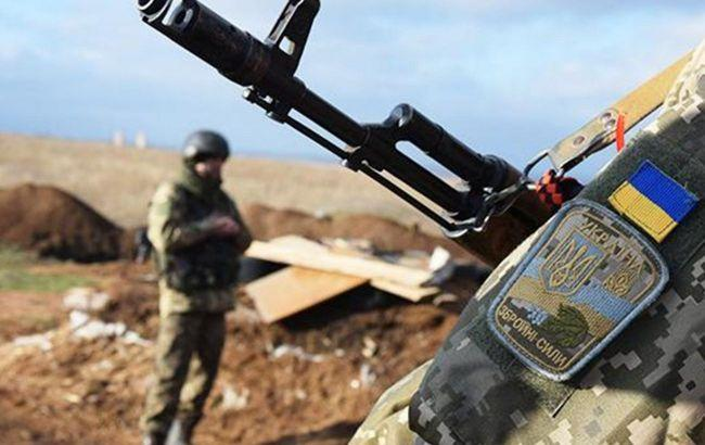 Боевики на Донбассе 3 раза обстреляли позиции ООС