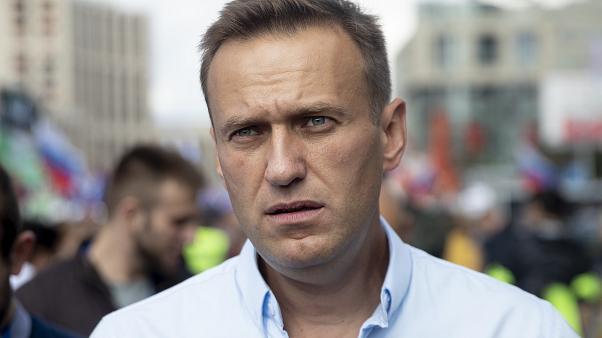 Российский оппозиционер Навальный находится в коме