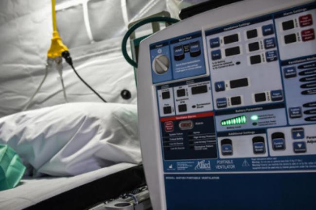 Каждые 15 секунд от коронавируса умирает один человек – Reuters