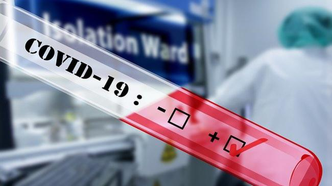 Число госпитализаций с COVID-19 в Украине за три месяца увеличилось в три раза